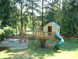 simple small outdoor tree house ideas with slides for kids