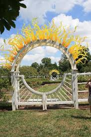 St Louis Botanical Garden Hours Dale Chihuly Glass On One Of The Gates To The Garden
