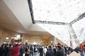 Apple Store Paris Apple Stores Grander Larger 50 New In 2010 Geek Com