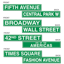 New York Themed Centerpieces by New York Street Signs