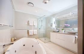 cute bathroom ideas for apartments apartment and decoration cute bathroom ideas for apartments guest