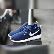 Jual Nike jual nike roshe run nm woven sneakeronline