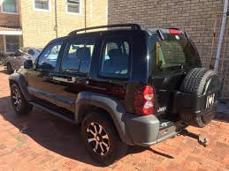 jeep cherokee price 2006 jeep cherokee 2 8crd 4x4 price to go century city gumtree