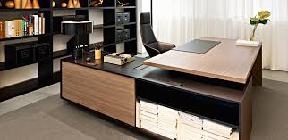 Modern Executive Desks Wonderful Brilliant Executive Office Desk Modern Executive Office