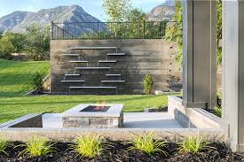 Backyard Feature Wall Ideas 49 Amazing Outdoor Water Walls For Your Backyard Digsdigs