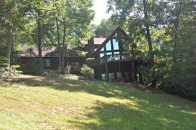 waterfront homes on lake hartwell for sale