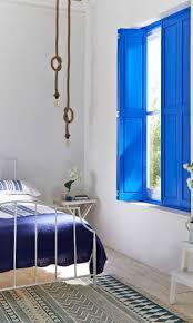 greek bedroom emerald green interiors wanderlust greece 3 kleuren pinterest