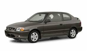 hyundai accent base model 2002 hyundai accent overview cars com