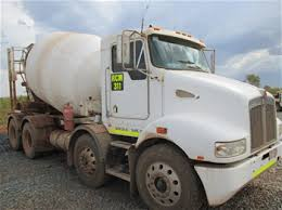 kenworth concrete truck 2008 08 kenworth t358 6x4 concrete truck auction 0010 7006801
