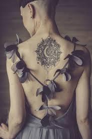 moon tatoo and