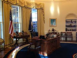 oval office ceiling picture of william j clinton presidential