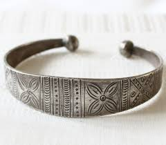 silver antique bracelet images Tribal jewelry asian antique tribal silver bracelet laos etj52 jpg