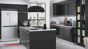 idee de couleur de cuisine credence cuisine noir et blanc peindre le carrelage duune crdence