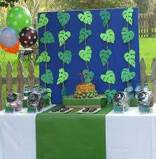 jungle theme decorations jungle theme party decorations ideas mariannemitchell me