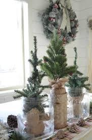 simple christmas farmhouse centerpiece