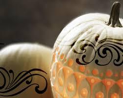 free pumpkin desktop wallpaper free screensavers and wallpapers 7screensavers com