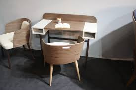 Small Desk Hints For Choosing A Modern Computer Desk That Suits Your Style