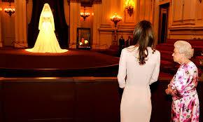 kate middleton u0027s wedding dress a closer look at the alexander