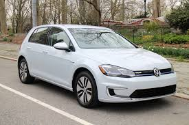 volkswagen microbus 2017 2017 volkswagen e golf first drive of updated 125 mile electric car