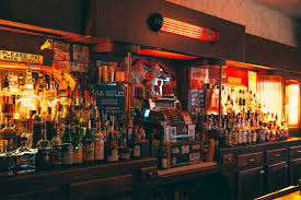 sipping in chicago great bars for irish whiskey