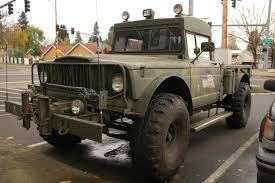 jeep old truck old parked cars 1968 jeep military gladiator