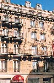 Bed And Breakfast Paris France Hotel Altona In Paris France With Hostels247 Com
