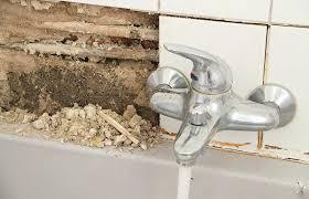 lutter contre l humidité dans une chambre comment isoler un mur humide