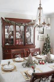 how to decorate a christmas table dale tiffany buffet lamps dining