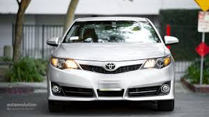 2014 toyota xle review 2014 toyota camry review autoevolution
