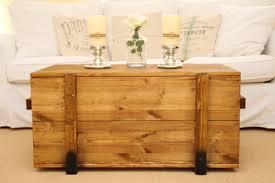 couchtische paletten wohnzimmertisch holztruhe salontisch holz shabby kreatives haus