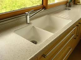 evier de cuisine en resine 2 bacs evier cuisine en resine stunning evier de cuisine blanc 1 bac images
