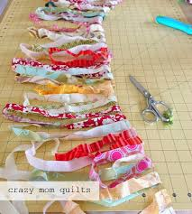 crazy mom quilts how to crochet a rag rug with fabric yarn