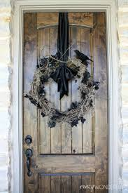 Scary Halloween Door Decorations by Spooky Halloween Wreath Crazy Wonderful