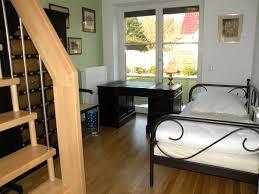 zuhause im gl ck wandgestaltung wunderschöne inspiration schlafzimmer im wohnzimmer integrieren