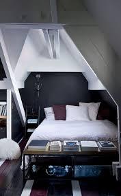 chambre sous comble chambre sous combles déco côté maison