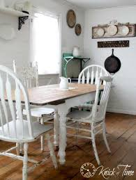 White Farmhouse Kitchen Table by Black And White Farmhouse Kitchen Update Knick Of Time