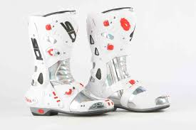 high top motorcycle boots mcn biking britain survey top 10 most comfortable racing boots mcn