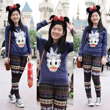 disneyland sweaters bernice sy h m duck sweater thrifted printed