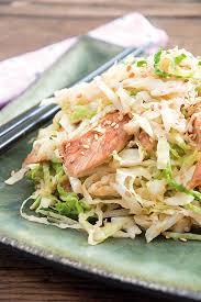 cuisiner le chou frisé wok de chou vert au poulet soja et sésame doré les fruits et