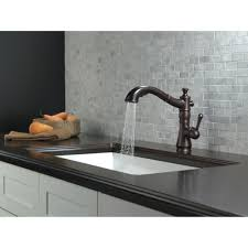 delta cassidy single handle pull out kitchen faucet 4197 rb dst delta faucet 4197 ar dst cassidy arctic stainless pullout spray
