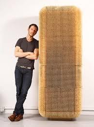 designer schrank designer schrank mit einer schützenden schicht aus 80 000 stäbchen