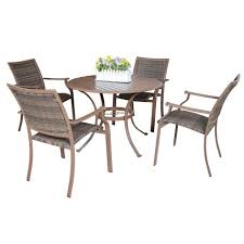 how to choose fun comfortable functional outdoor seating