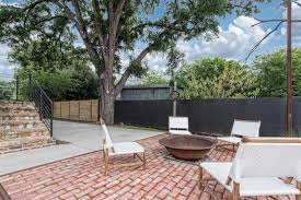 the shotgun house from u0027fixer upper u0027 is on the market for 1m