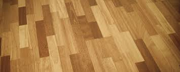 washing laminate floors without streaks