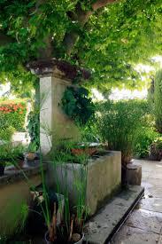 fontaine de jardin jardiland best 25 fontaine pierre ideas on pinterest bassin le teich and