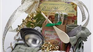 kitchen gift baskets top 32 best birthday gift baskets for images on
