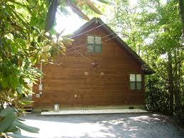 secret hideaway a 1 bedroom cabin in gatlinburg tennessee 2