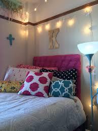 Artsy Bedroom by Texas Tech Artsy Chic Dorm A Beautiful Purpose