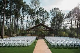 the springs in the woodlands wedding venue amenities