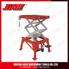 Motorcycle Lift Table by Atv Lift Table 300lbs Hydraulic Motorcycle Lift Table Buy